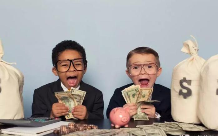 在说到家庭理财的时候,基金这个词大家一定
